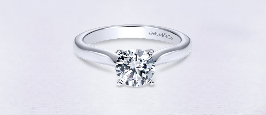 Round-Solitaire-Engagement-Rings-banner-blog