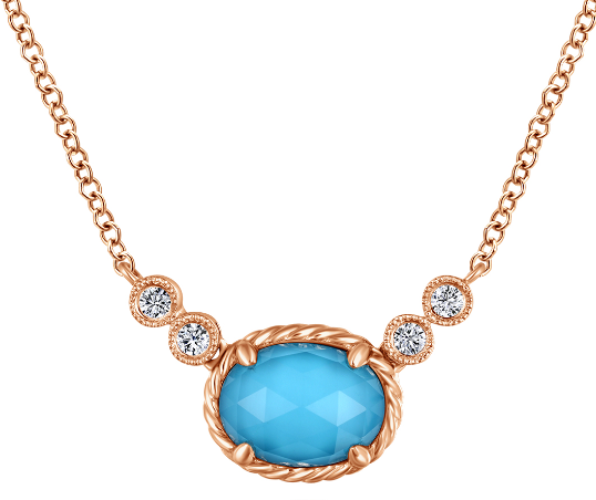 The Best Clothes Colors to Go With Rose Gold Necklaces