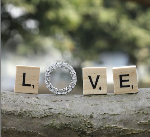 The Pros and Cons of Eternity Rings